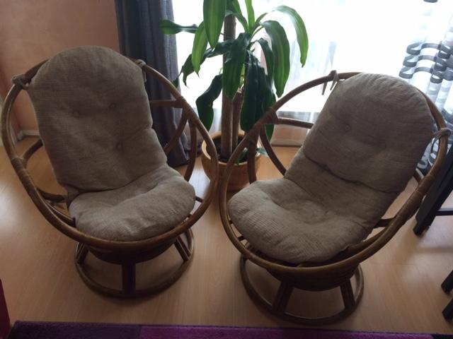2 Fotele Rattanowe Bujano Obrotowe Ogłoszenia Ogłoszenia